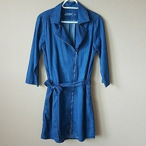 Gap denim tie belt asymmetrical zip dress size 8